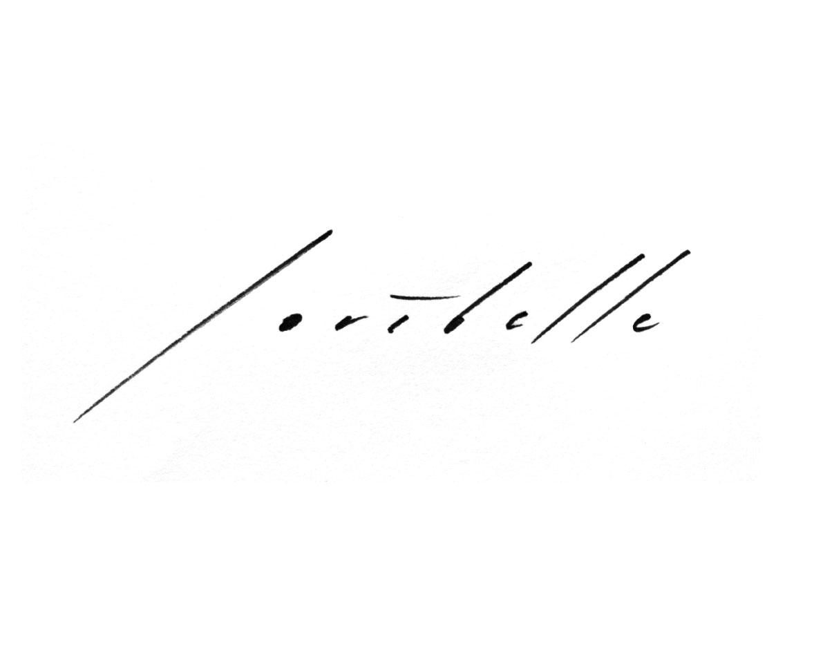 Signature Loribelle Spirovski