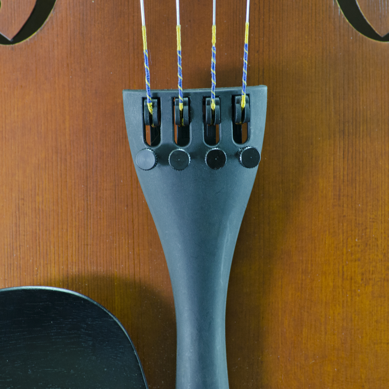 D'Addario Helicore Viola String Set in action