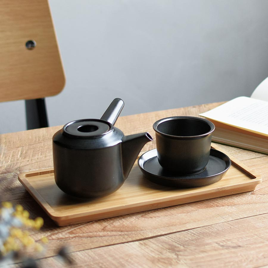 LT kyusu teapot in black and LT cup and saucer on LT tray