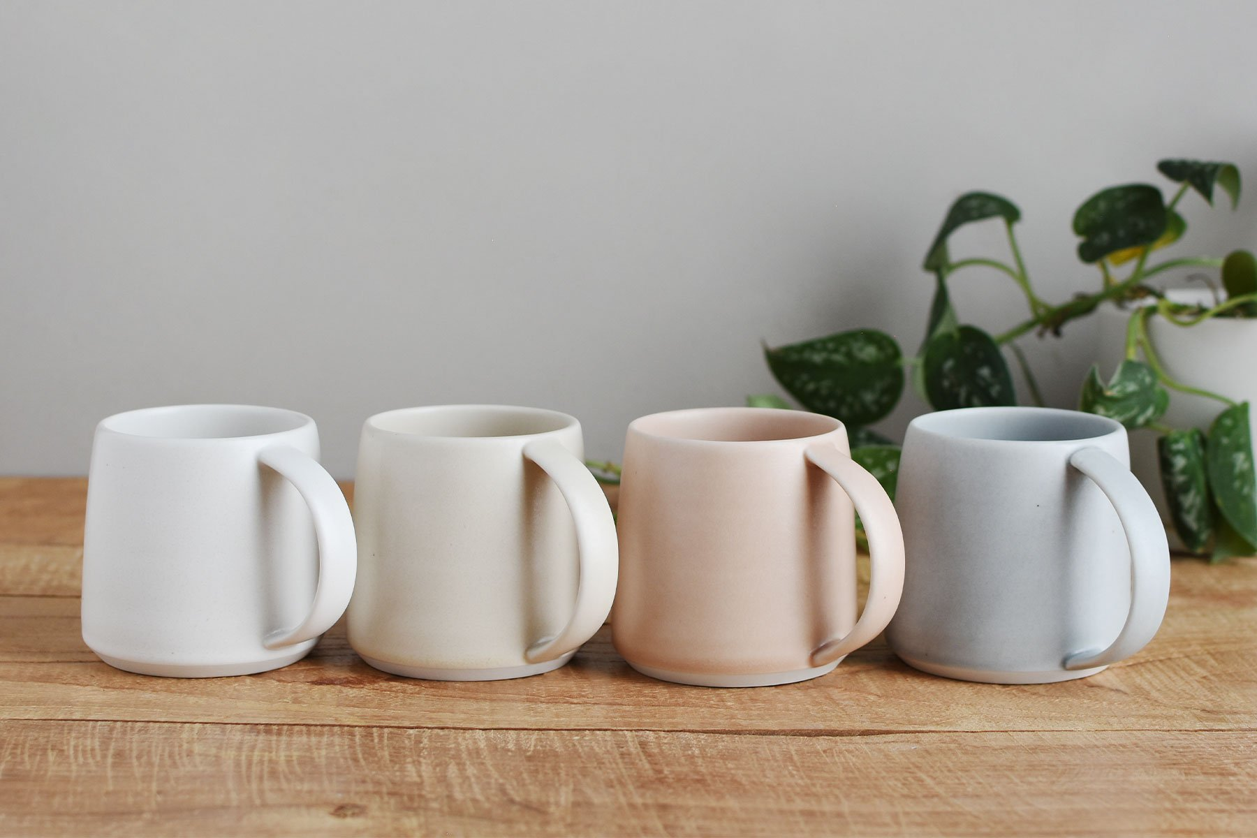 RIPPLE mug collection in beige, pink, gray, white